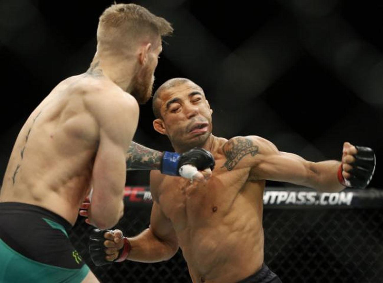 UFC 194: José Aldo é nocauteado em 13s e McGregor é o novo campeão