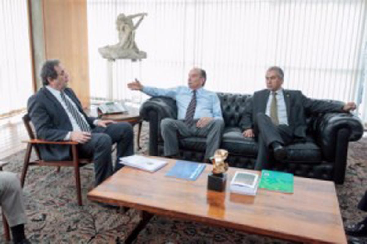 Em Brasília, Reinaldo e Moka garantem mais um passo para o Corredor Bioceânico