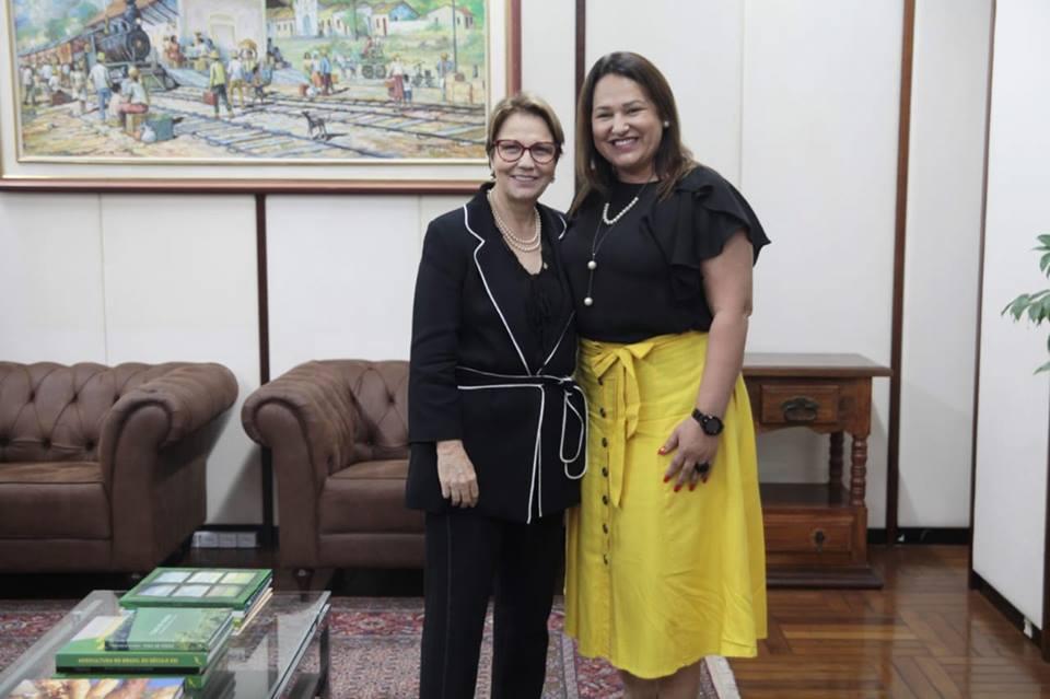 Prefeita cumpre agenda em Brasília e destaca apoio da ministra Tereza Cristina
