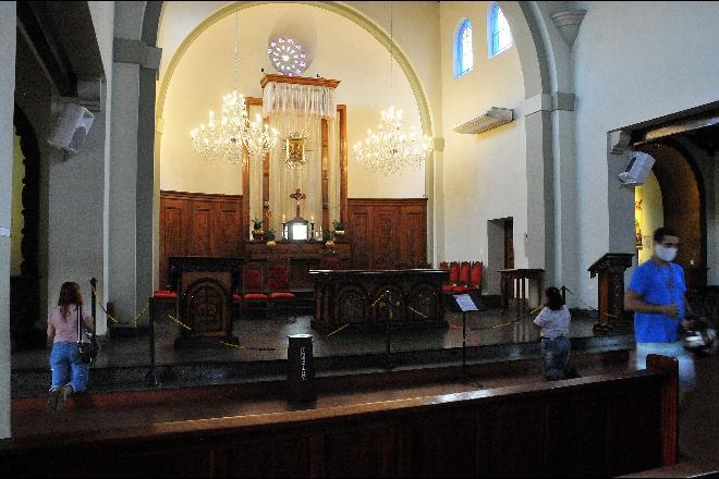 Justiça rejeita pedido do Ministério Público e mantém igrejas abertas em Campo Grande