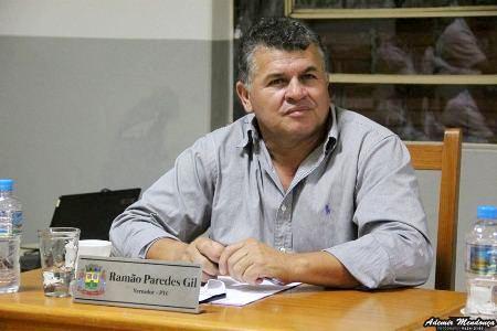Vereador Ramão Paredes cobra limpeza na Área de Lazer no Bairro Erva Mate
