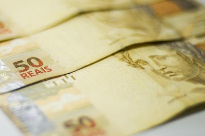 """Banco não pode """"comer"""" ajuda emergencial que cair em conta negativa"""