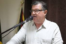 Vereador Ico Battilani cobra cascalhamento e patrolamento na região da Fazenda Oriental