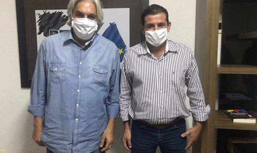 Durante encontro na sede do PTB, ex-senador Delcidio do Amaral elogia trabalho do vereador Preguinho e declara apoio em projeto político para Caracol