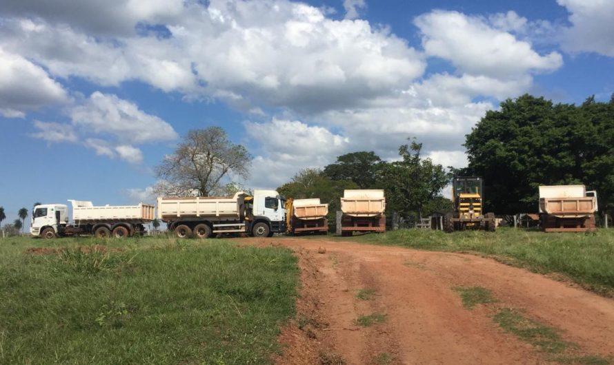 Pecuaristas agradecem a Secretaria de Obras de Bela Vista pela manutenção da estrada na Vila Coco