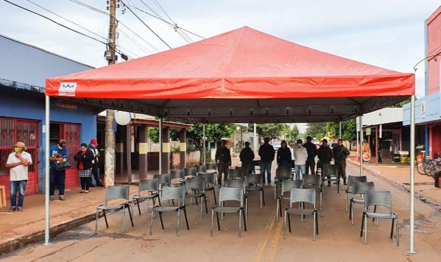 10° Regimento de Cavalaria Mecanizado de Bela Vista  instalam tendas nas imediações da Lotérica em Antonio João