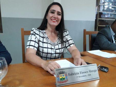 """Vereadora Fabrizia Tinoco busca parceria para implantação da """"Sala Lilás"""" em Bela Vista"""