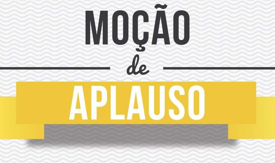 Professora Francisca Baltha da Silva recebe Moção de Aplausos