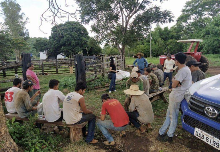 Trabalho escravo: dois são presos por pagar R$ 500 em dívida de R$ 10 mil a menores em Bela Vista