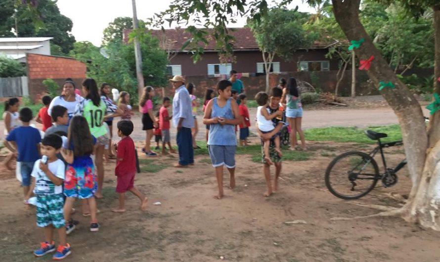 Empresário bela-vistense mobiliza amigos e faz doação de 30 pares de tênis para crianças do Cherogami