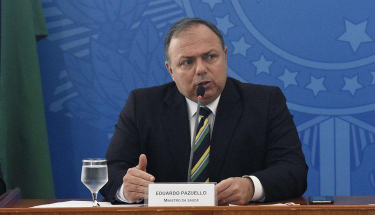 Ministro da Saúde diz que vacinação no Brasil começa na quarta-feira às 10 horas