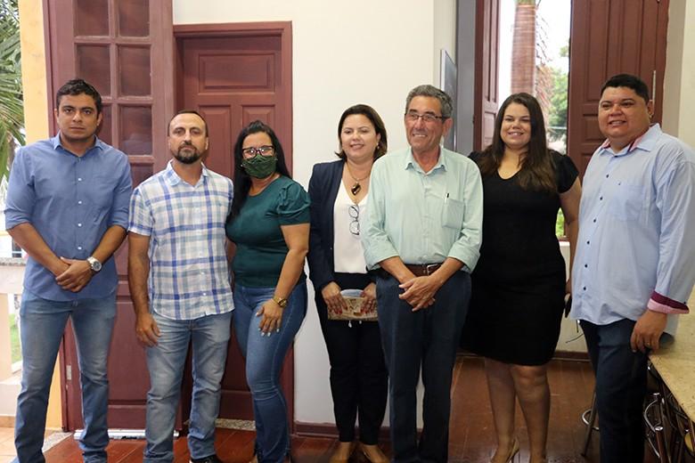 Nova Mesa Diretora da Câmara de Porto Murtinho se reúne com prefeito