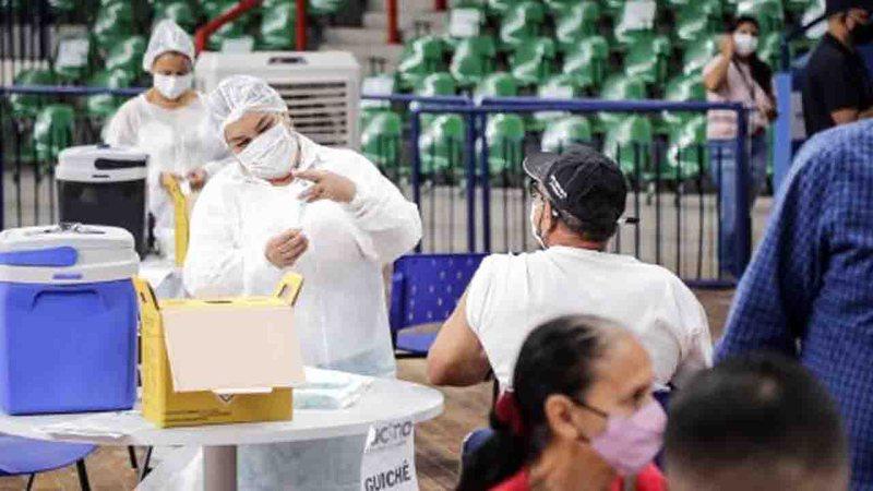 Novo lote de CoronaVac vai concluir 2ª dose e MS já pede para vacinar toda a população