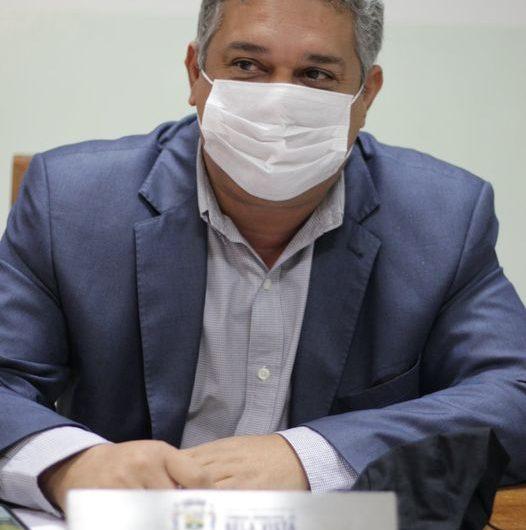 Marquinhos Lino solicita estudo para transformar Rua Santo Afonso do ginásio de esporte até o Sicredi em Mão Única