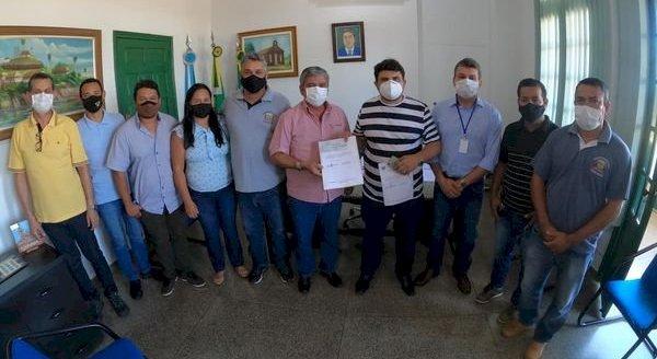 Câmara de Bela Vista já devolveu R$ 44 mil para prefeitura comprar Cilindros de Oxigênio para o hospital