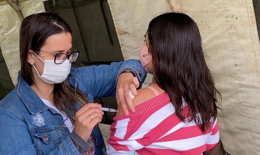 Em parceria com o 10° RC Mec, Secretaria Municipal de Saúde realiza dia de Vacinação contra COVID-19