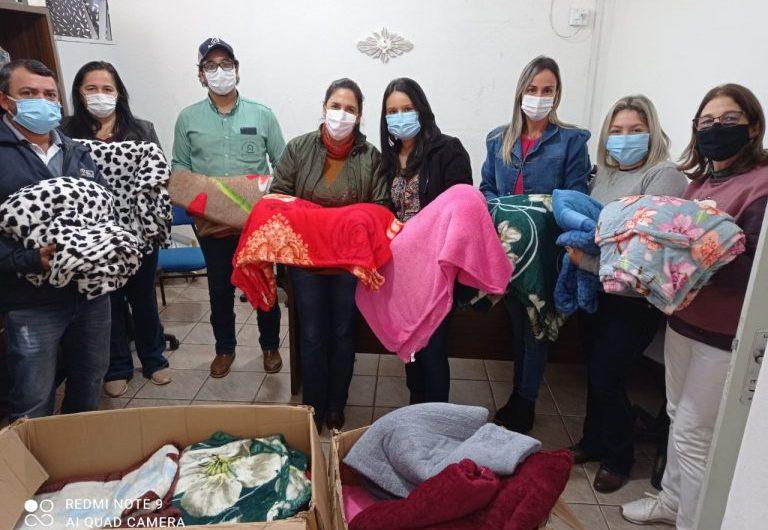 Fazenda Sant'Anna do Apa – Grupo Jaguari faz doação de 50 cobertores para Secretaria Municipal de Saúde de Bela Vista