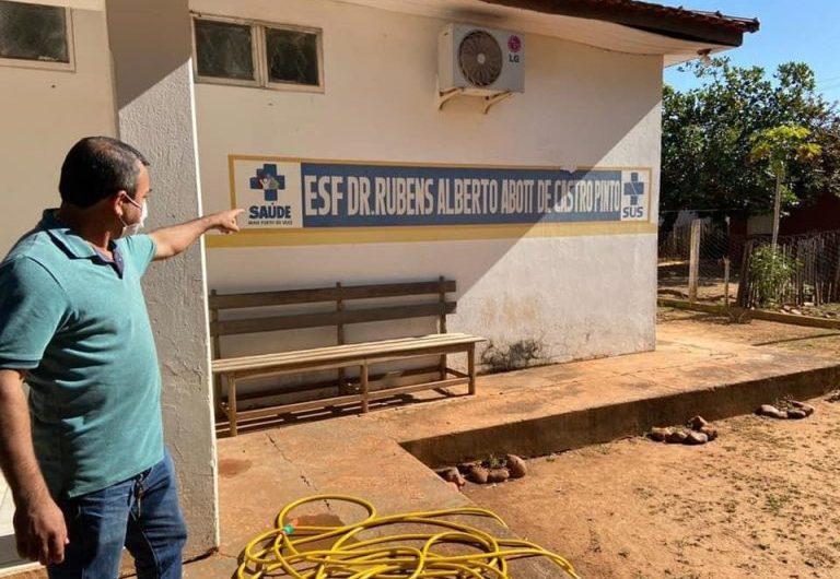 Vereador Geferson Vieira visita posto de saúde da Vila Canaã e busca melhorias para comunidade